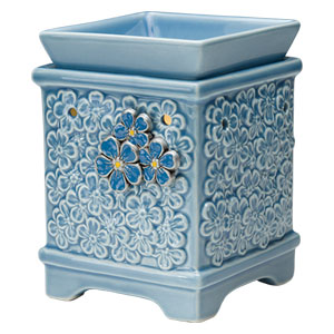 Support Alzheimer's research with every purchase of our Forget-Me-Not Warmer